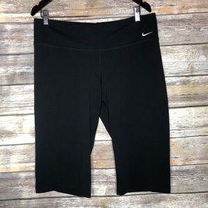 Nike legend Capri short legging training pants XL